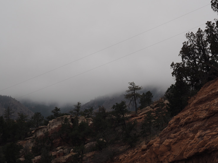 It's cold and there are wolves after me: The Manitou Cliff Dwellings