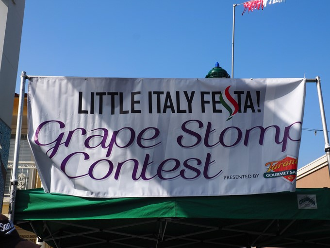 grape stomp contest sign