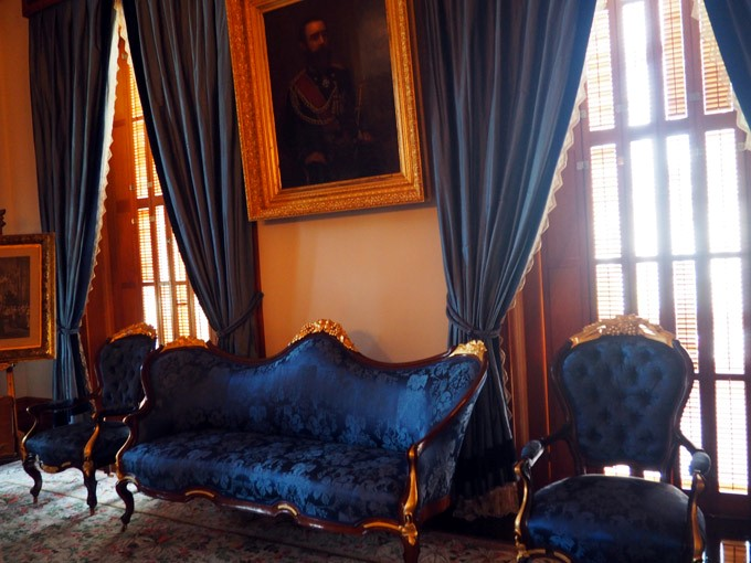 iolani palace the blue room
