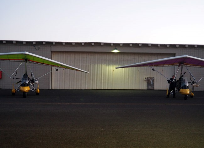 powered hang gliders