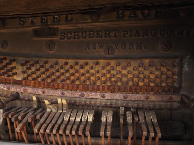 rusted piano