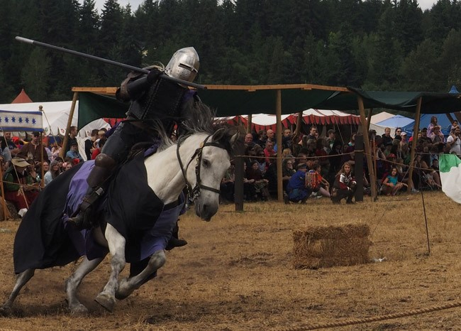 spanish knight joust