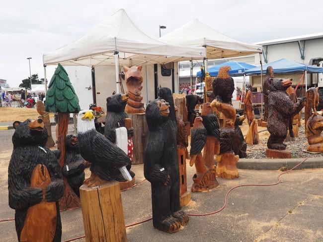 chainsawed bears