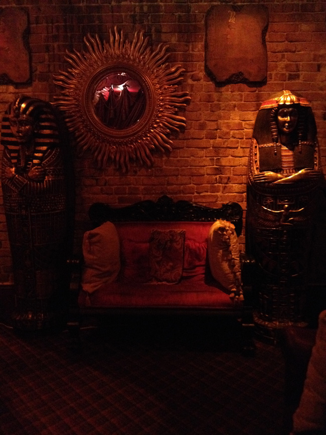 seance room at muriels