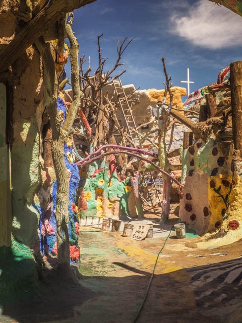 salvation mountain (9 of 44)